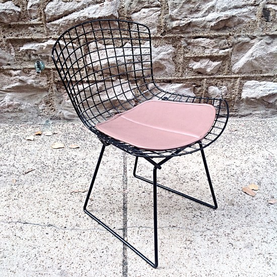 Vintage Knoll Bertoia Wire Side Chair With Pad | Black Powder Coated Steel Wire  Chair By
